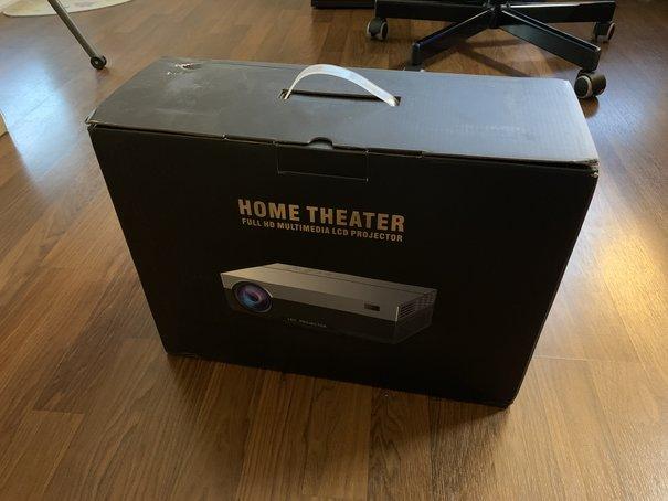 Amazonで買った激安プロジェクター