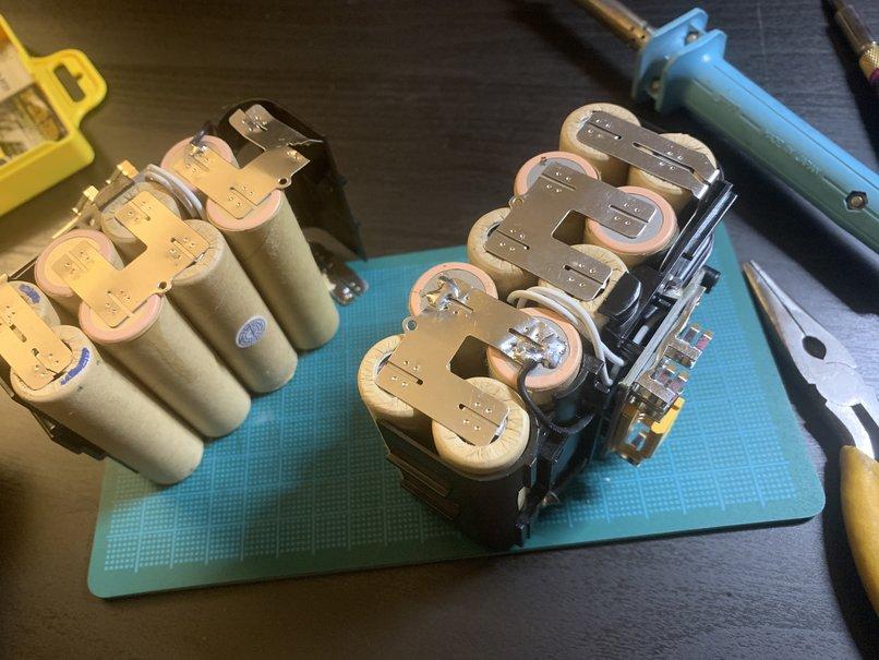 ニコイチで修理したバッテリー
