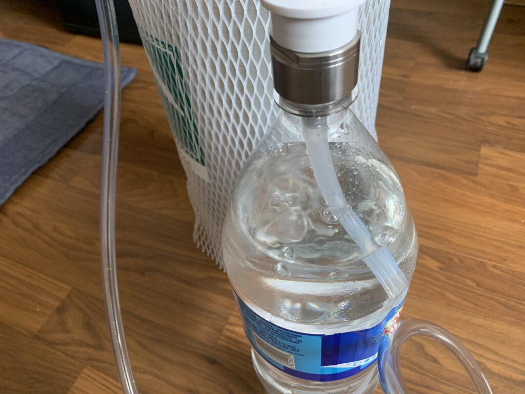 二酸化炭素が入ってペットボトルが膨らむ