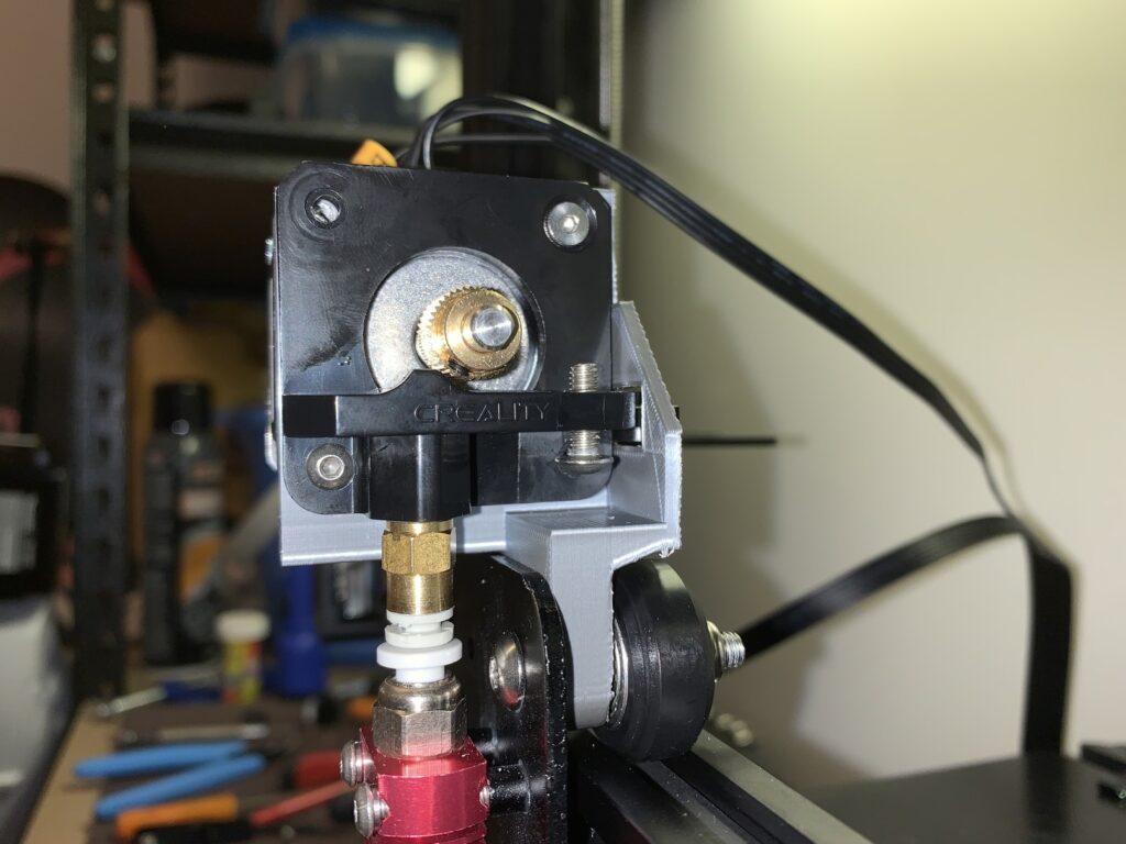 3Dプリンター Ender3 エクストルーダーブラケット取付完了